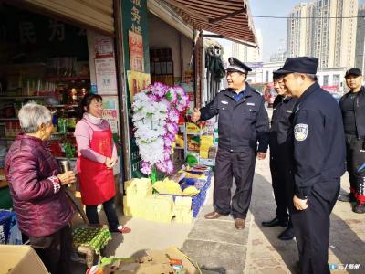市禁鞭办组织开展清明节前禁鞭和禁孔明灯  巡查执法联合行动