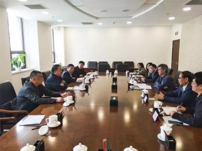 何运平到北京对接应急产业示范基地建设