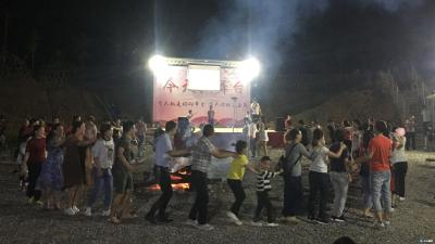 卡通秀+采摘游,别样精彩的大洪山里儿童节!
