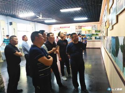 """随县农村公路管理局支部组织党员参观""""张体学随县纪念馆""""开展警示教育"""