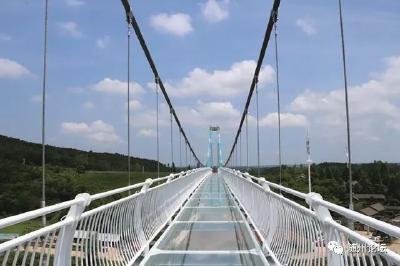 随州首座玻璃栈桥建成!文旅名城平添惊心动魄!