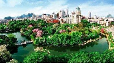 """点亮美好生活 共享""""绿色福祉"""" ——我市创建""""国家森林城市""""建设生态绿城初探"""