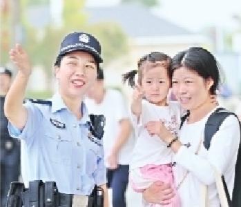 武铁发送旅客229.7万人次 公安民警坚守岗位确保旅客平安