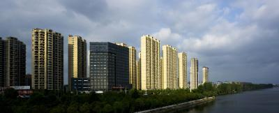 """从""""解放路""""到""""全城区"""" ——我市优化商业发展布局提升市民""""幸福指数"""""""