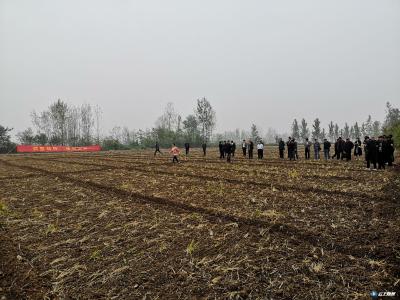 随州市农业农村局召开全市秋冬播生产现场推进会