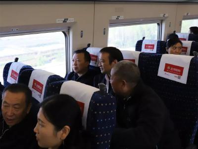 曾都区领导督办汉十高铁曾都沿线环境整治情况