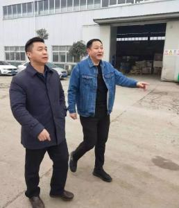 刘文国到企业开展春节前走访慰问