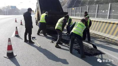 曾都区公路局确保冬季公路运行安全