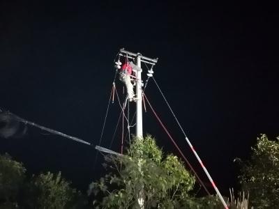 连夜奋战15小时恢复供电