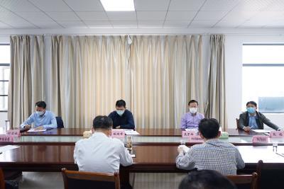 陈瑞峰在市信访局接访时强调:大力整治违法建设行为 着力提升城市品质和市民生活品质
