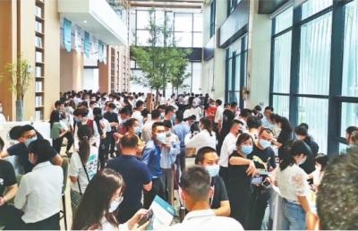 武汉楼市连续两个月成交量破万套 房地产市场开始全面复苏
