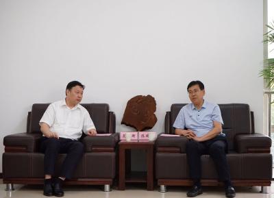陈瑞峰会见中国移动湖北分公司董事长范秉衡一行