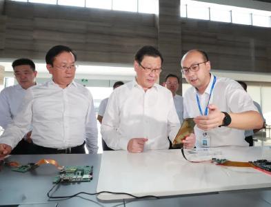 着力提升产业链供应链现代化水平!应勇在武汉走访调研企业时强调了这些重点