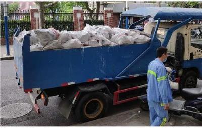 随州市实行建筑装饰装修垃圾运输公司化管理