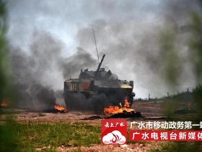 中国空降兵勇获空降排大赛冠军 12个课目获11个第一