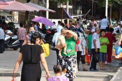 在蔡河有一种购物叫赶集