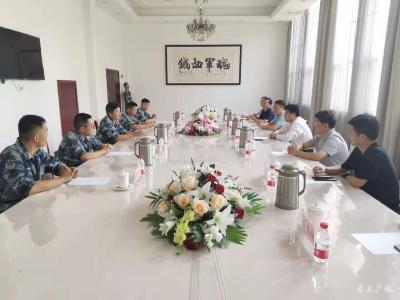 黄继军 田涛等领导走访慰问驻广部队官兵