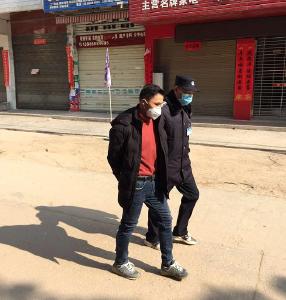 广水余店镇:严惩不听劝阻强行闯卡违法行为