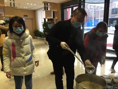 市青年創業者協會義務為江西援鄂醫療隊送愛心餐