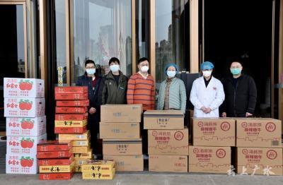 廣水一醫院慰問江西援助抗疫醫療隊員