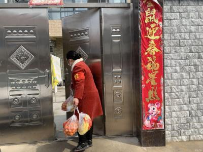 """黃海霞:困難群眾""""貼心人"""""""