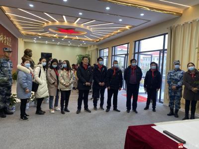 市第二實驗小學參觀黃繼光紀念館