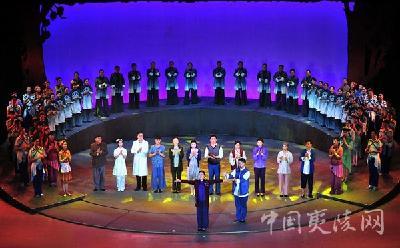 歌剧《梅香》温情上演 慈母大爱感动全城