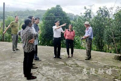 加强人居环境治理 推进美丽乡村建设