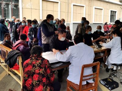 姜家湾村开展2021年老年人健康体检活动