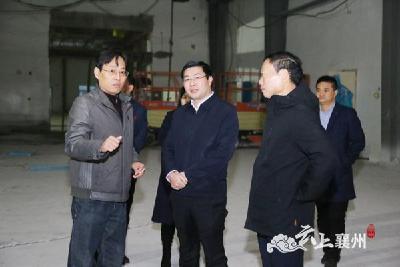 杨兴铭调研部分重点项目建设工作