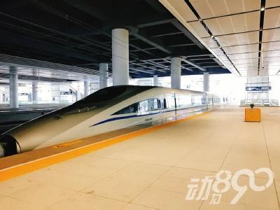 襄阳东站正式开始恢复运营