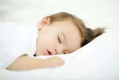"""想让宝宝睡个好觉?家长应谨记""""宝宝睡眠小贴士"""""""