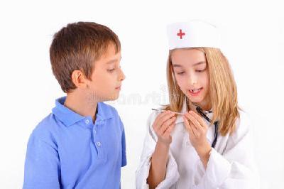 """""""土方法""""治病不靠谱 热性惊厥应该如何处理?"""