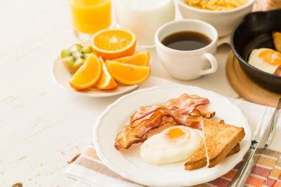 不吃早餐风险多 吃早饭到底有多重要?