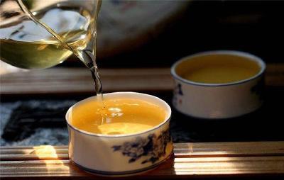 喝茶居然会导致肾结石? 赶紧喝口茶 压压惊