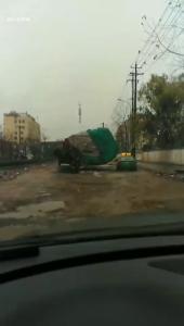 刚刚,黄石江泰春岸处一货车发生侧翻(视频)