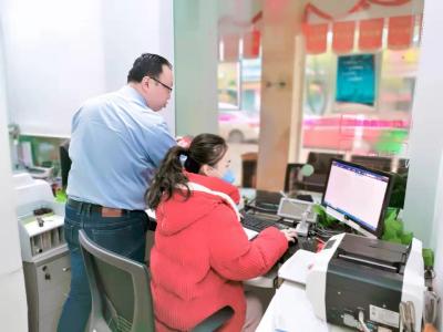 隔离病毒 不隔离爱 ——湖北银行黄石分行全力服务疫情防控工作