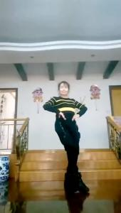 西塞山区清风舞蹈艺术团万凤娇
