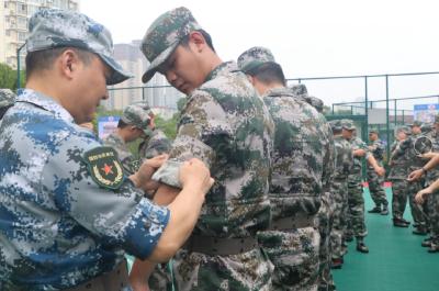 黄石港区民兵应急连军事训练拉开战幕
