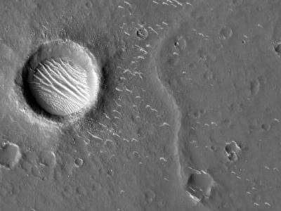 火星近景高清大图来了!