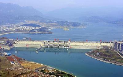 三峡库区水位跌破160米 部分航道实施汛期临时管制