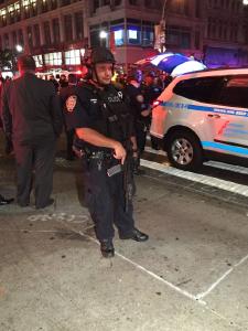 初步调查:纽约曼哈顿爆炸系由放置在垃圾桶的简易爆炸装置引发
