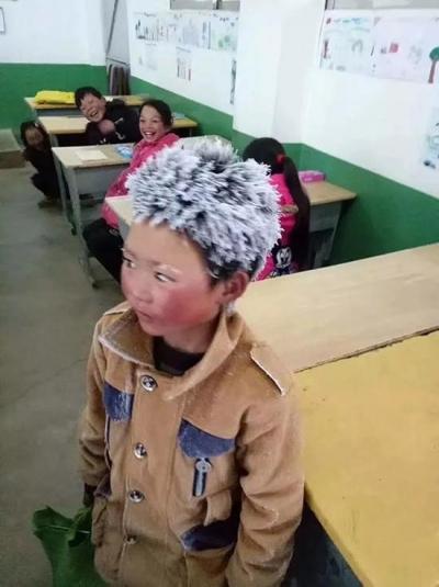 鲁甸教育局:冰花男孩收到8000元 一夜暴富不利成长