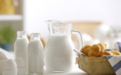 牛奶致癌、吃素治癌?中科院院士:这些都是谣言