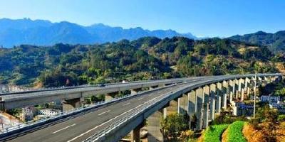 2020年,湖北将县县通高速组组通公路