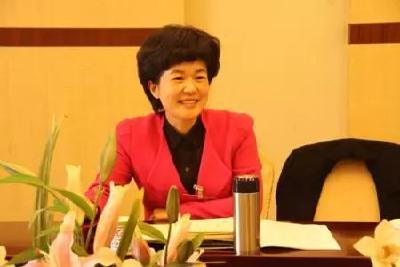 鄂旅投原副总周文霞请辞全国人大代表,曾任仙桃市长