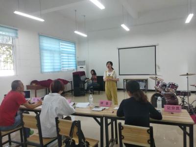 我市2019年艺术特长生声乐、器乐、舞蹈类初试在黄冈艺术学校举行
