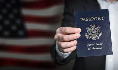 助长歧视?美国要求签证申请者提供社交媒体账号
