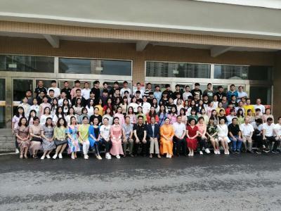 黄冈艺术高中举办2019届高三毕业典礼暨成人礼活动