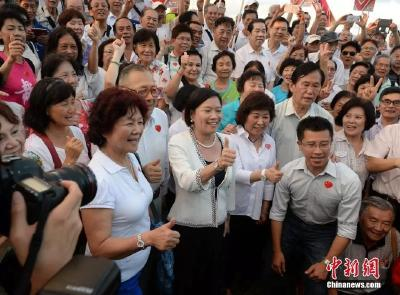 一边是混乱,一边是法治——香港社会风波下一堂特殊的法治课